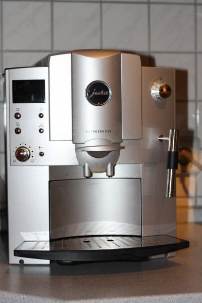 kaufberatung kaffeevollautomat auf was sie beim kauf achten sollten. Black Bedroom Furniture Sets. Home Design Ideas